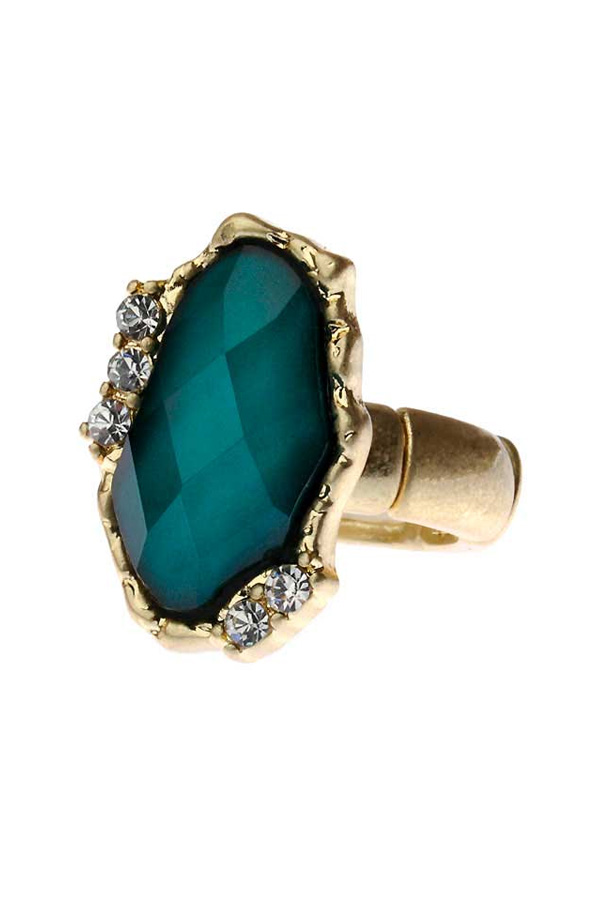 Emeral Green Jewel Ring