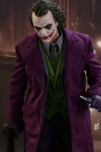 Quarter Scale HEATH LEDGER AS THE JOKER IN THE DARK KNIGHT