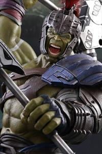 1:6 GLADIATOR HULK FIGURE